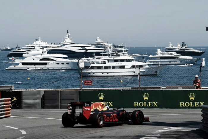 F1: Monaco, pole a Ricciardo poi Rosberg
