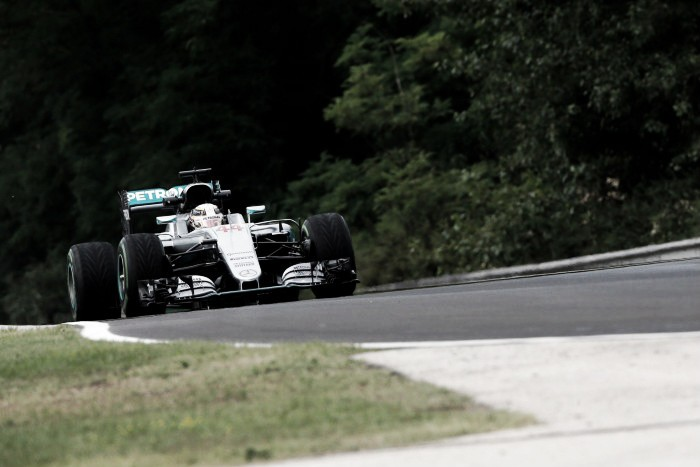 Hungarian GP: Hamilton fastest as Mercedes dominate First Practice