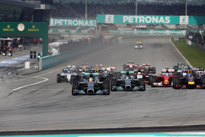 Gp di Malesia: doppietta Red Bull! Ricciardo sul gradino più alto. Terzo Rosberg.