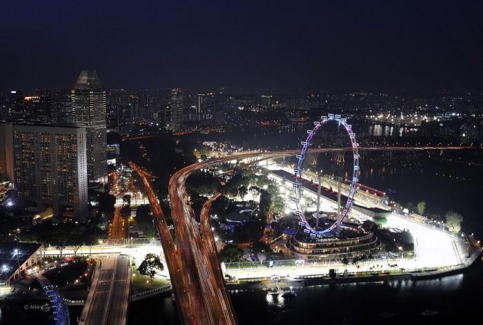 GP SINGAPORE: la RedBull copia i deflettori della Ferrari SF70H