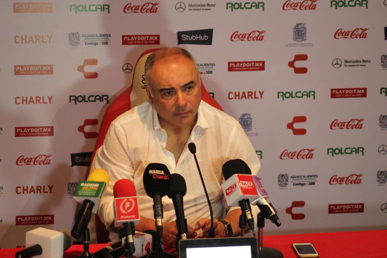 """Guillermo Vázquez: """"Me gustó el desempeño del equipo"""""""