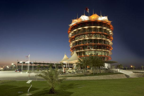 Corrida nocturna para celebrar 10 anos de F1 no Bahrain