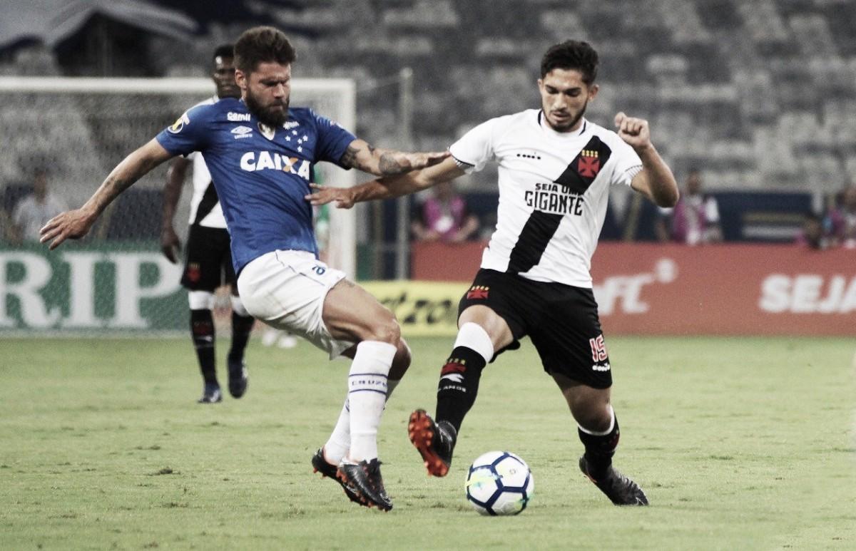Ataque do Cruzeiro esbarra em defesa do Vasco e equipes empatam em Belo Horizonte