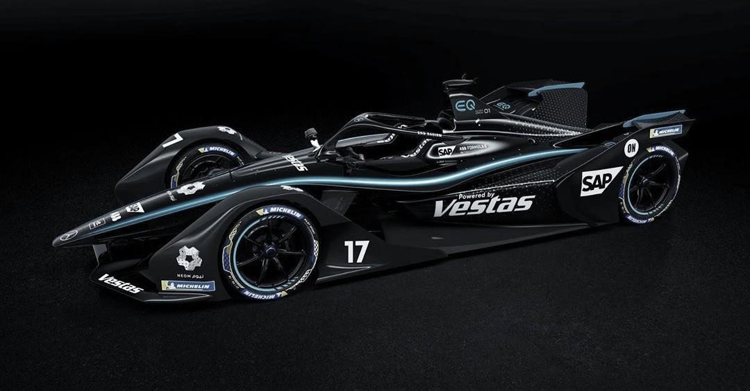 """Mercedes adota pintura """"Flechas Pretas"""" para decisão da Fórmula E em Berlim"""