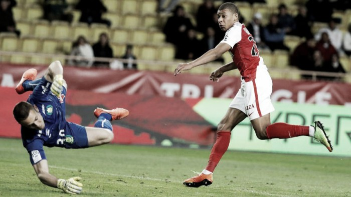 Ligue 1: vincono le prime tre, in zona retrocessione cade il Lorient contro il Marsiglia