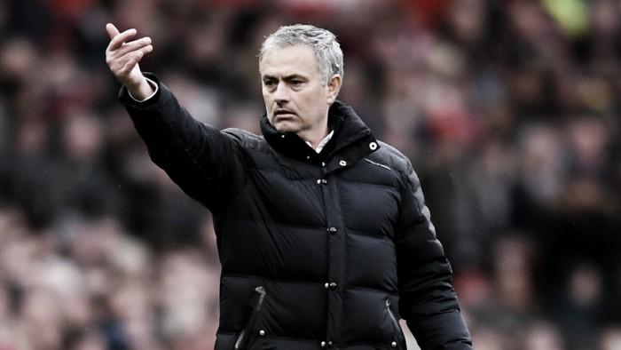 """José Mourinho: """"El estadio le mostrará a Rooney el respeto que se merece"""""""