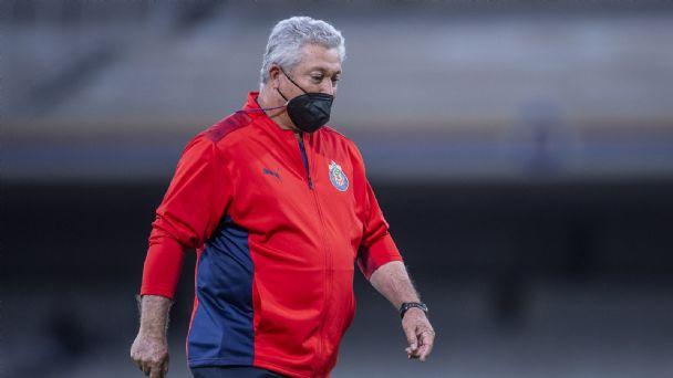 Víctor Manuel Vucetich es cesado de la dirección técnica de Chivas