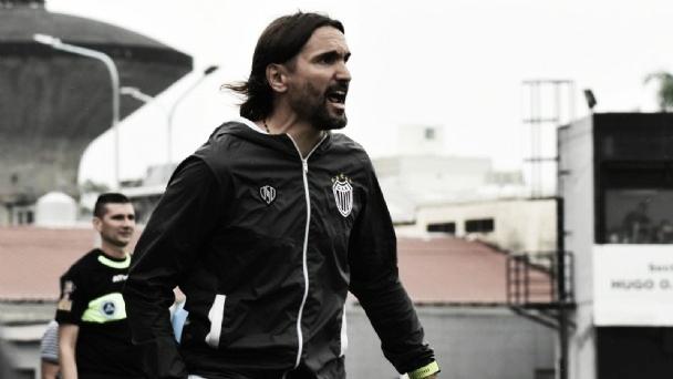 Martínez, el nuevo DT del Gigante de Zona Norte (Foto: MDZ Online).