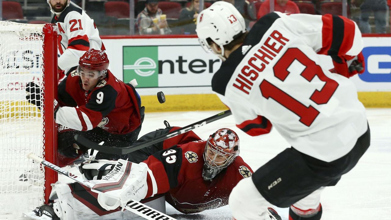 New Jersey Devils extend Arizona Coyotes losing streak