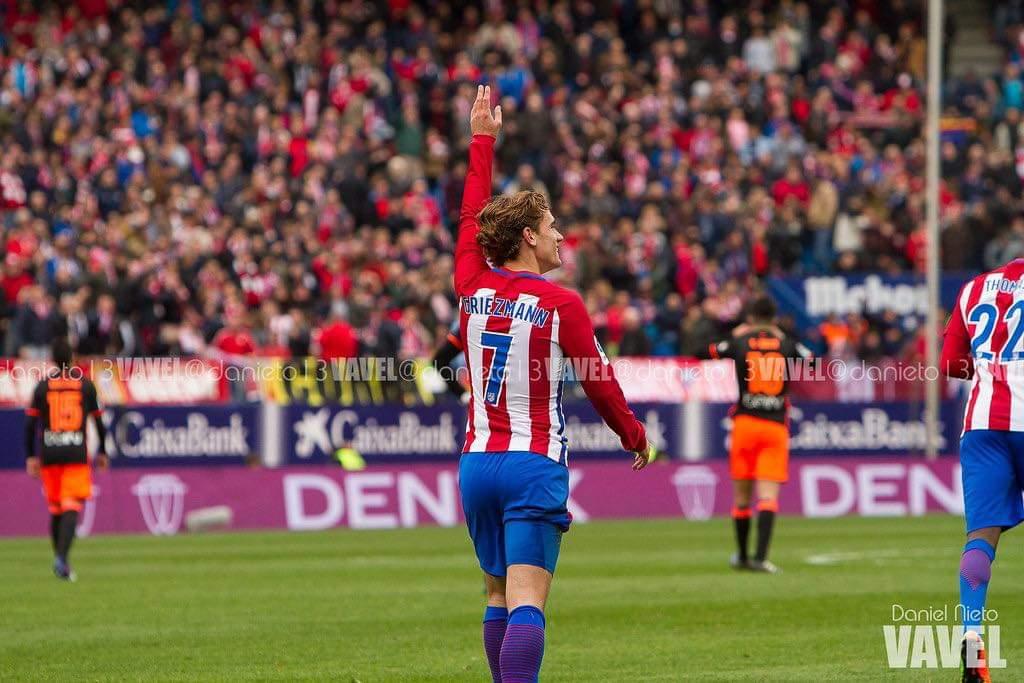 Barcelona sign Antoine Griezmann