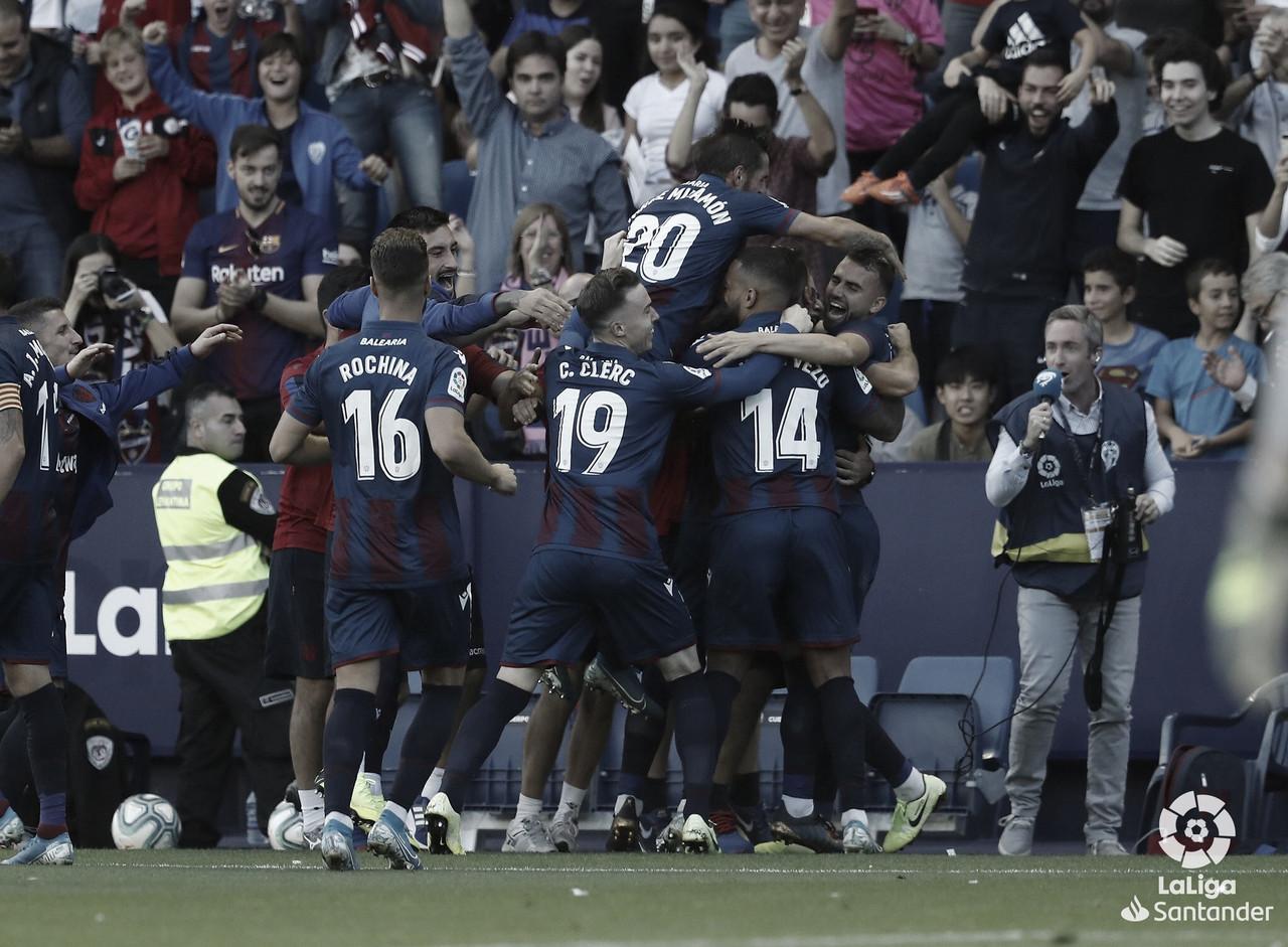 Barcelona sai na frente, mas leva virada do Levante no Campeonato Espanhol