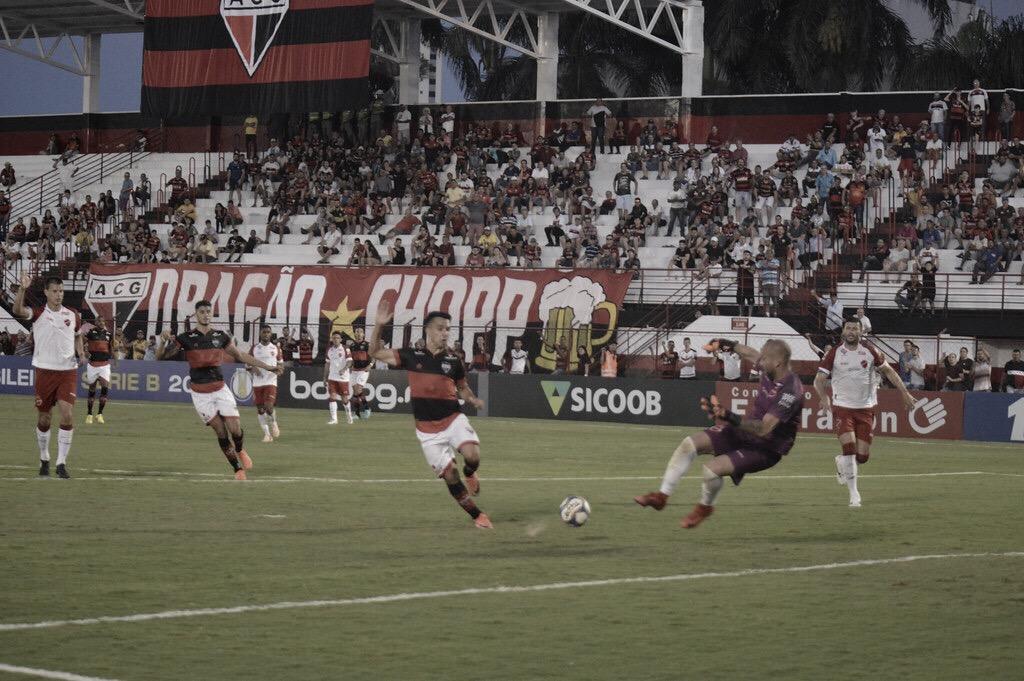 Atlético-GO enfrenta Botafogo-SP visando liderança da Série B