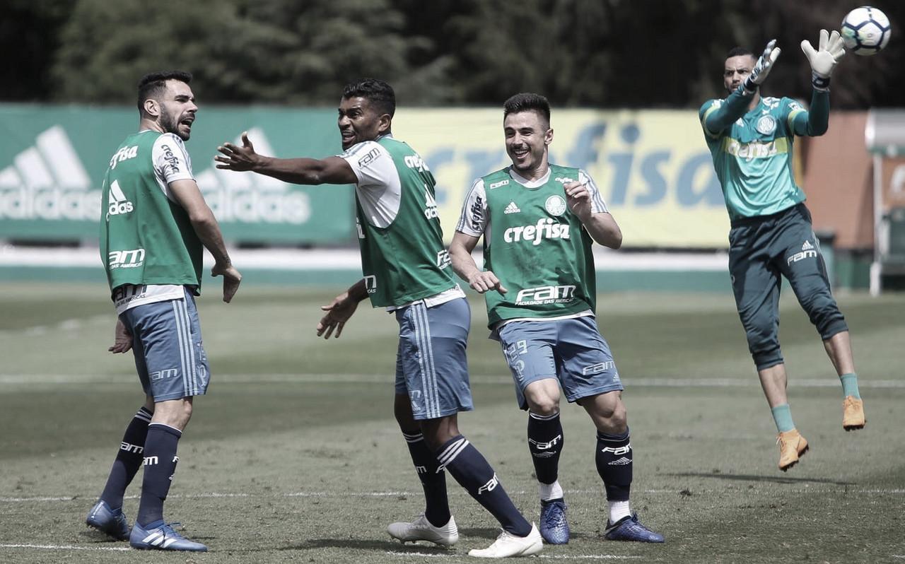 Palmeiras enfrenta Paraná para ficar ainda mais perto do título