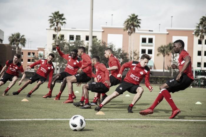 Líder, posse de bola e artilheiro latino: conheça o PSV, adversário do Fluminense na Florida Cup