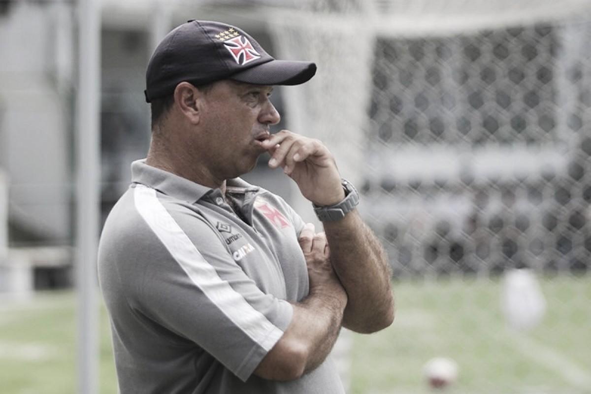 Técnico Marcus Alexandre é demitido do sub-20 do Vasco e clube recebe críticas