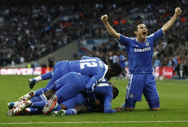 Chelsea through to FA Cup final after controversial win