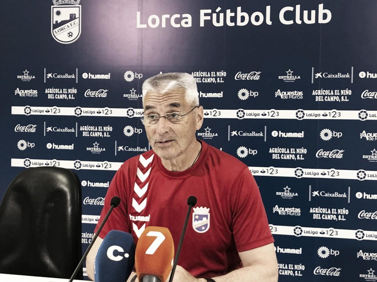 Fabri González, entrenador veterano para equipo joven