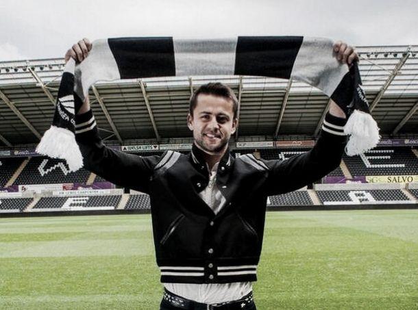 Swansea anuncia a contratação de Fabianski