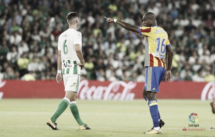 El Valencia llama a la puerta de Fabián