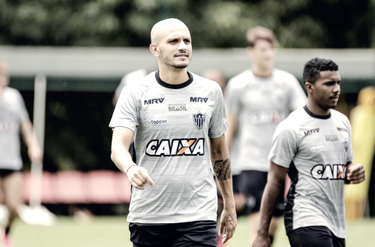 """Fábio Santos cita 'jogo truncado' e lamenta falhas do Atlético-MG: """"Empate seria mais justo"""""""