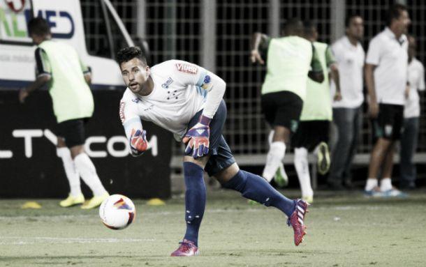 Fábio quer Cruzeiro confiante para vencer o São Paulo e seguir vivo na Libertadores