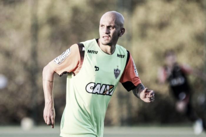 Fábio Santos vive expectativa de, finalmente, poder estrear pelo Atlético-MG