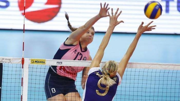 Volley F - La Pomì Casalmaggiore batte il favorito Volero Zurigo e conquista la finale del Mondiale per Club