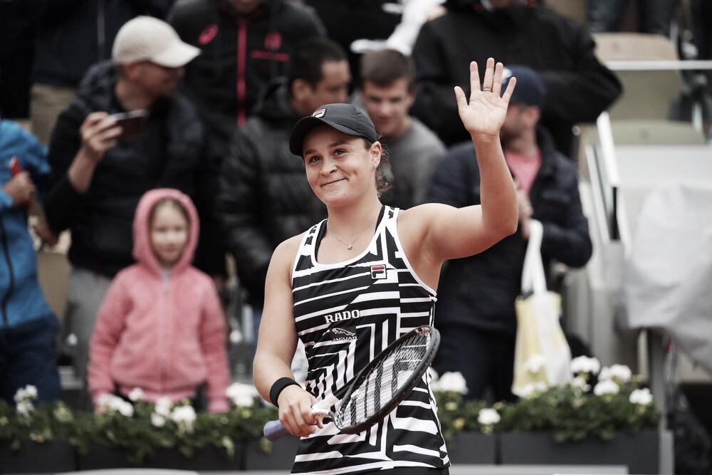 Barty confirma favoritismo, vence Anisimova e está na final de Roland Garros