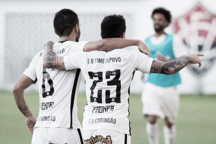 """Apesar do gol marcado, Fágner lamenta por atuação contra Vitória: """"Tivemos desempenho ruim"""""""