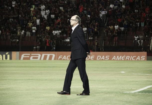 Falcão comemora vitória diante do Corinthians, mas revela frustração por não colocar o Sport no G-4