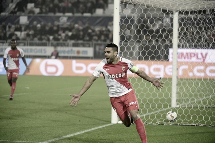 Radamel Falcao regresa al fútbol francés, superando todas las expectativas