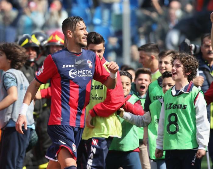 """Crotone, Falcinelli: """"Siamo cresciuti, con la Juventus per dimostrare di valere la salvezza"""""""