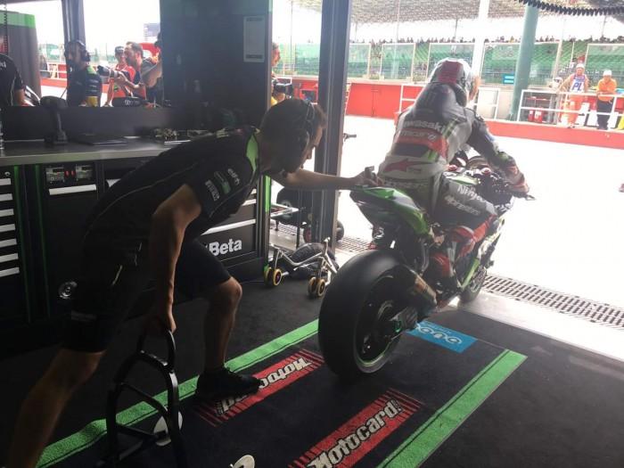Superbike, Gp della Riviera Romagnola - Rea davanti a tutti nelle FP2