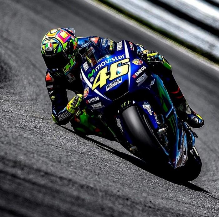 """MotoGp - Rossi: """"Stupidi e somari, ma si può migliorare"""""""