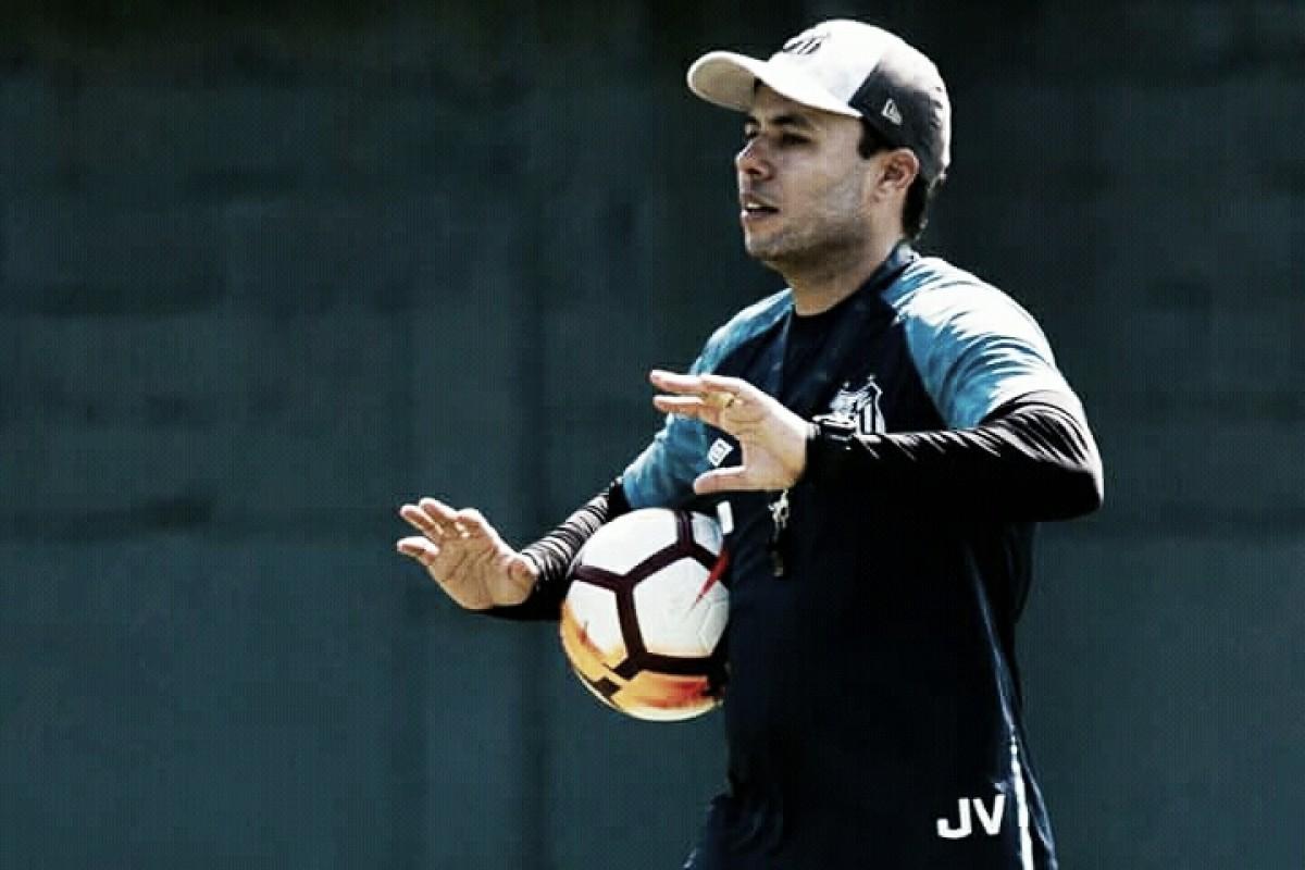 """Jair Ventura analisa revés e defende Gabriel: """"Vamos ganhar e perder juntos"""""""