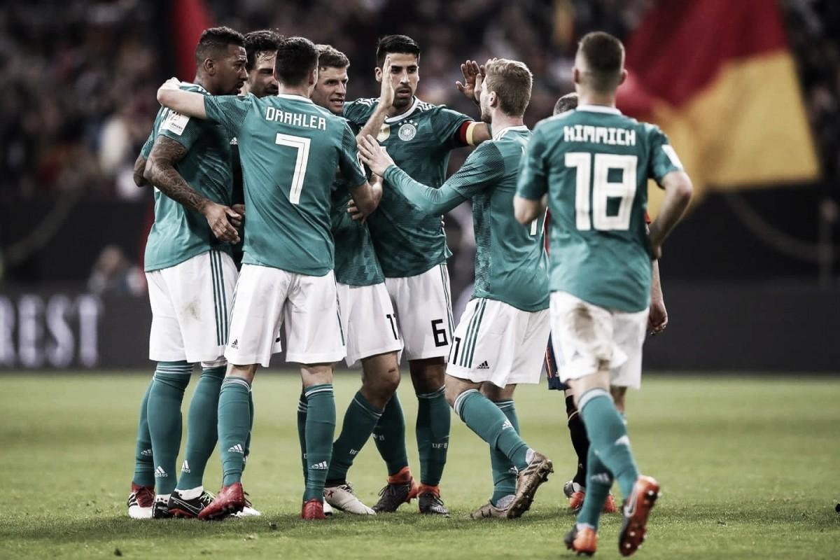 A un mes para el Mundial, Alemania sigue afianzándose en la cima