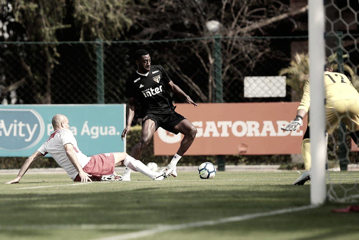 Treinando desde abril, atacante Gonzalo Carneiro pode estrear pelo São Paulo