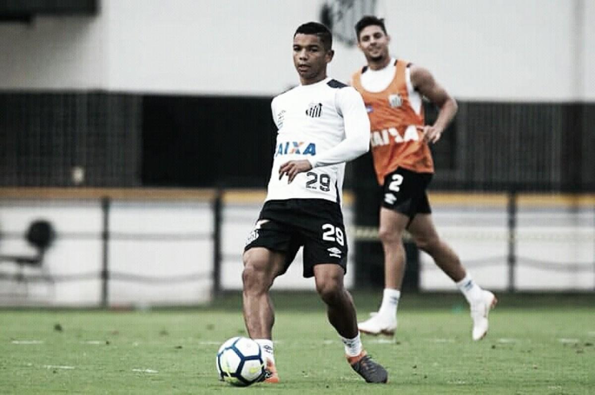 Com virose, David Braz deve ser desfalque do Santos contra Palmeiras