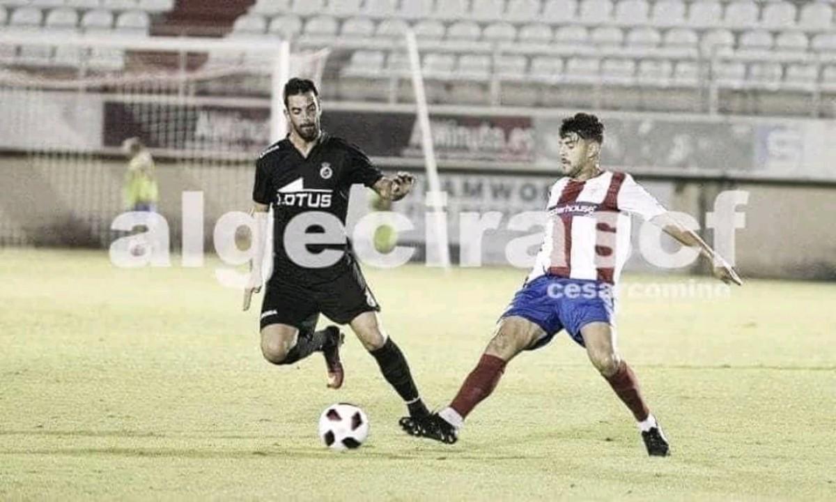 El Algeciras cae ante la Balona en el último minuto en su trofeo
