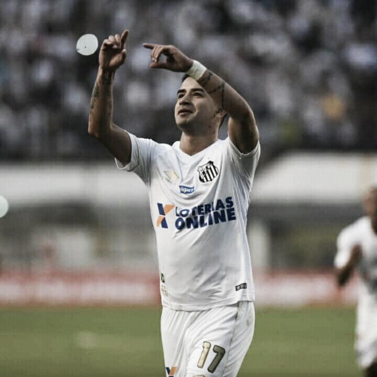 Com receio de punição, Derlis González evita críticas à Conmebol e pede foco do Santos no Brasileiro