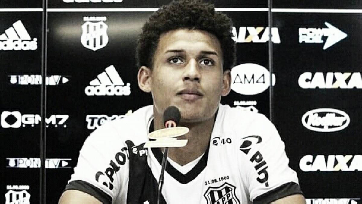 Santos contrata Felippe Cardoso, atacante da Ponte Preta