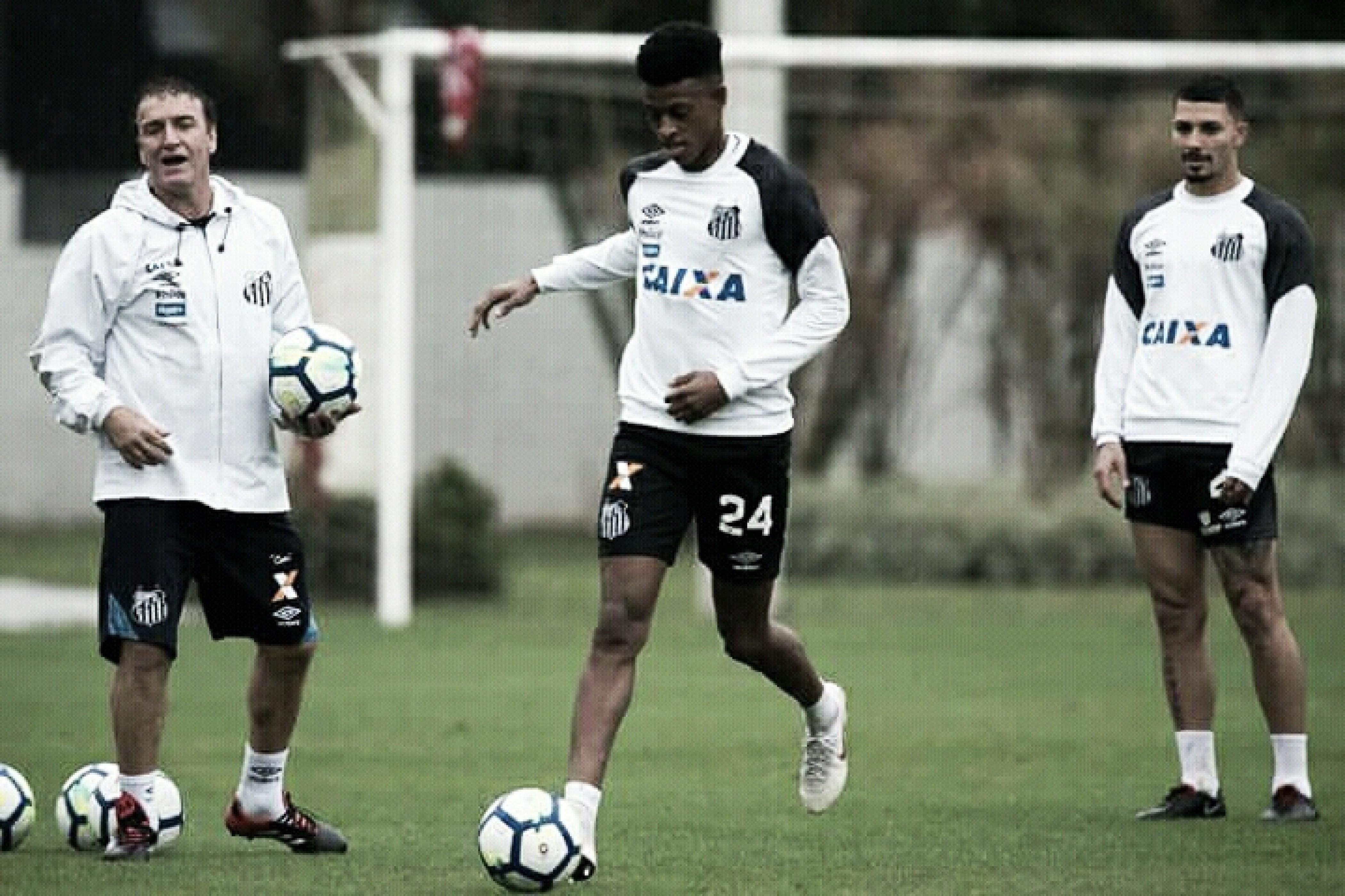 Com semana livre, Cuca projeta novas jogadas ensaiadas no Santos
