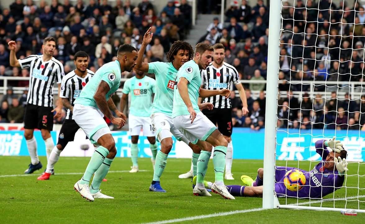 Vince soltanto il Newcastle: tre pareggi nel pomeriggio di Premier League