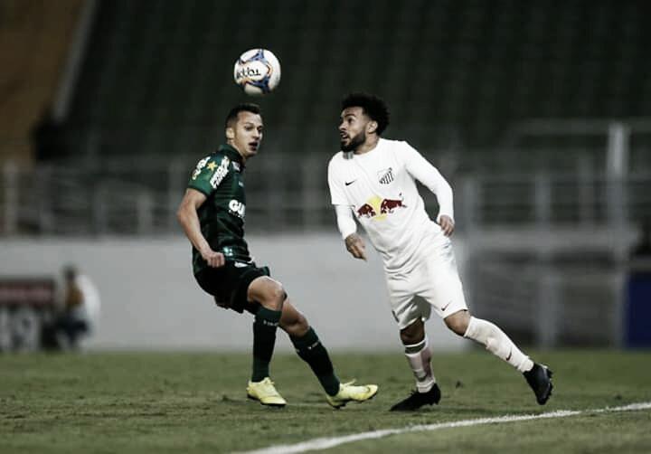 Duas expulsões marcam empate entre Bragantino e Coritiba pela Série B do Brasileirão