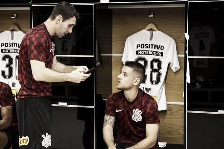 Oito jogadores do Corinthians testam positivo para Covid-19