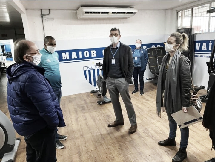 Prefeito de Florianópolis libera realização de partidas de futebol na cidade