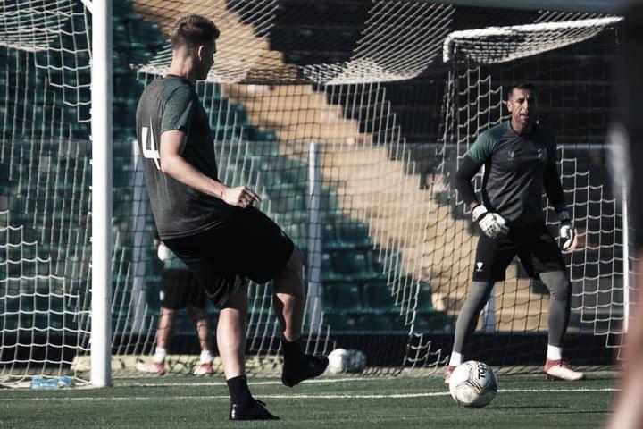 Torcedores invadem treino do Figueirense e nutricionista do clube relata agressão a atletas