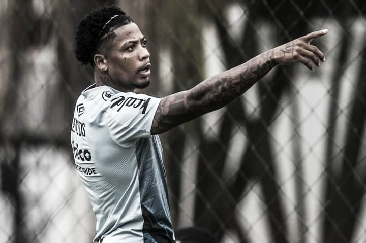 Marinho-dependência: atacante participa de mais de 75% dos gols do Santos no Brasileirão