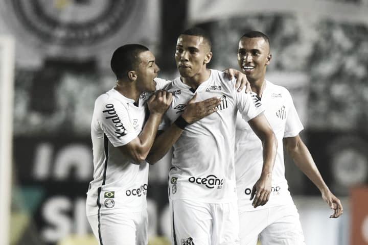 Santos inscreve novos jogadores na Libertadores
