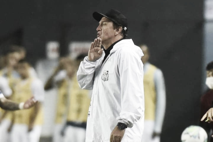 Cuca exalta desempenho dos jogadores do Santos e projeta segundo turno